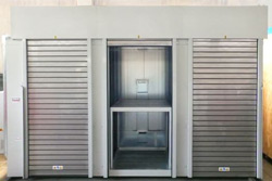 Automatic rolling doors